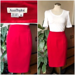 Vtg Anne Taylor red pencil skirt